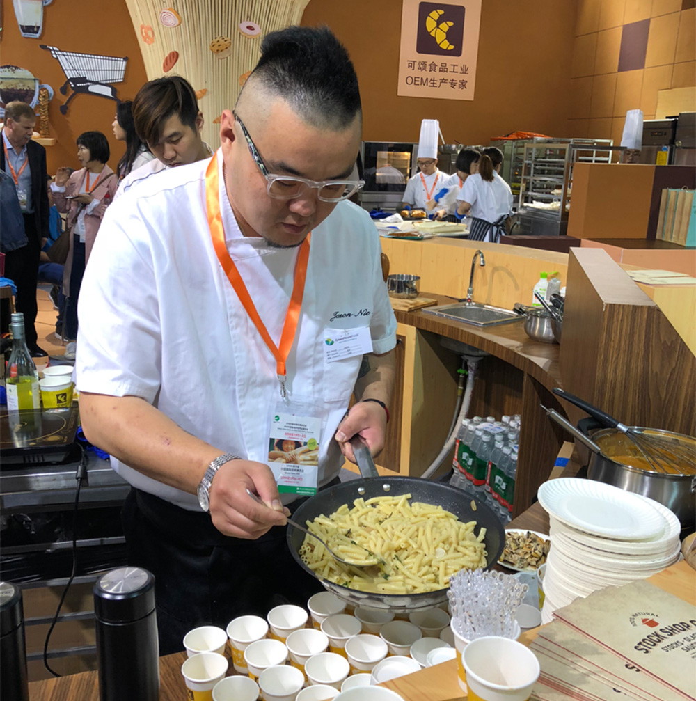 Bakery Expo – Chef Jason with Greenmount stocks – ChefCo
